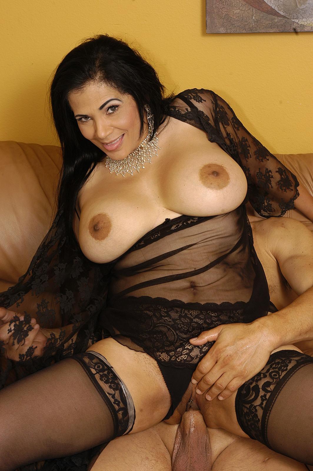 Тиана росе в порно видео