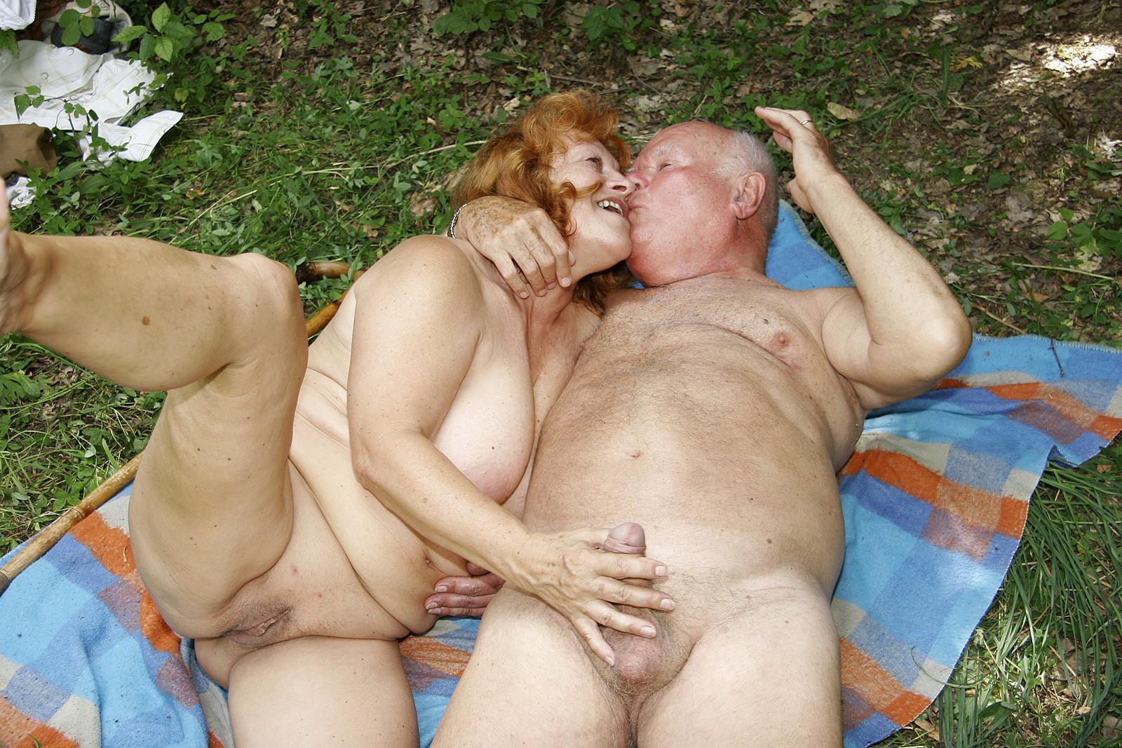 Grandpa fucking grandma hard