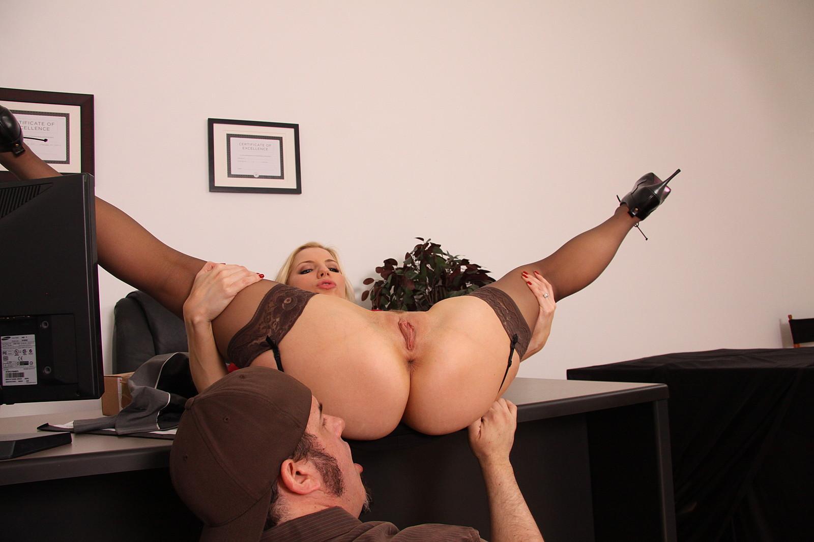 Milf boss gets a big dick 8
