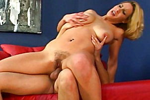 Hairy honey with tight vagina gets have sexual intercourse and creamed Reese.