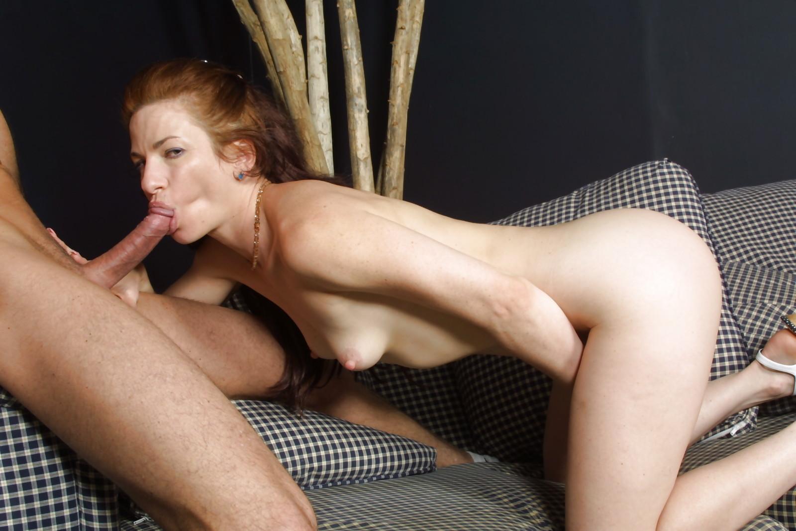 Busty hot mom riding yong hard