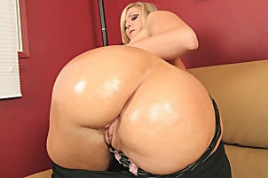 Curvy blonde with a large ass gets it oiled up then suc penish.