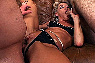 Blond cougar gets gang banged Chelsea Zinn.