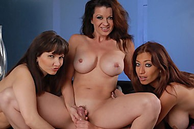 Raquel Devine And Carrie Ann Get Some Good Cock From Aaron Wilcoxxx
