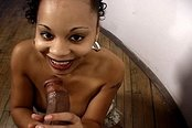 Sexy Ebony Beauty Gives A Awesome Blowjob