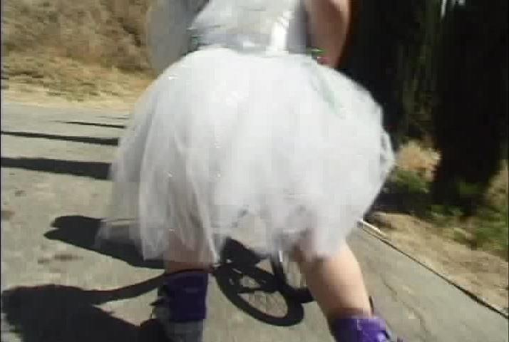 Femdom mariage ceremony