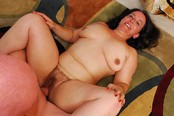 Cocksucking And Fingering Makes This Voluptuous Wife Squirt