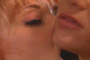 Top Quality Lipstick Lesbos Masturbate