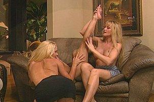 Three Pretty Blond Lesbians Enjoy Tongue On Clit Stimulation