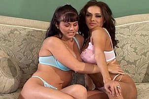 Jewel And Francesca's First Lesbian Fuck