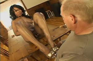 Black Panther Stacey Cash Gets A Load On Her Nice Feet
