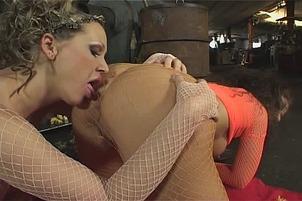 Mandy Bright And Maria Bellucci Go Lesbian