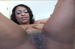 Big tit black babe Carmen Hayes is all about showing off for you