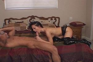 Slut In Stilettos Goes Down Deep