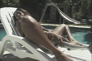Nyomi Knoxx Gets A Huge Hard Dildo In Her Twat