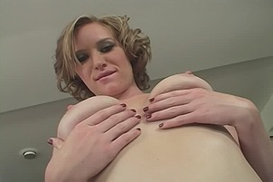 Babe With Perfect Tits Likes Cum Play