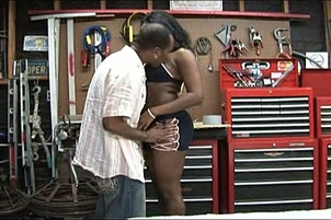 Big Booty Black Chick Squirts And Fucks