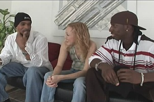Hot Interracial MMF Threesome