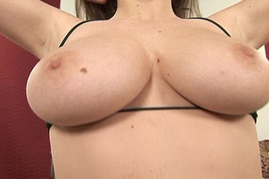 Full Figured and Big Boobed Amateur