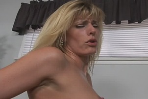 Short Haired Blond Amateur Fucking BF