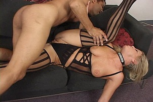 Blond Amateur in Interracial Threesome