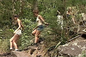 Horny Hikers Split Up To Have Some Sex