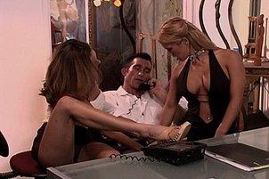 Dream Babes in FFM Threesome Sucking