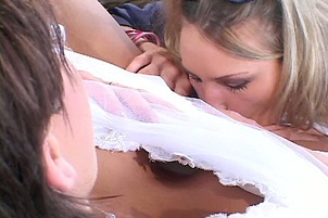 Slutty New Wife In Cheating Threeway