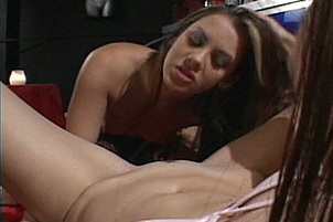 Sexy Serena And Alesha Fuck With Toys For The Camera