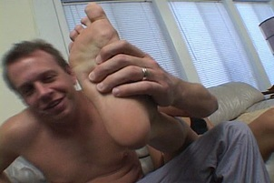 Ethnic Ho Courtney Devine Jumps On Cock