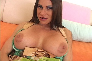 Amateur big boobed slut Sheila Marie does a great big dick for the first time