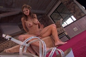 Roxanne Hall Takes A Steaming Load In Her Jizz Hungry Mouth