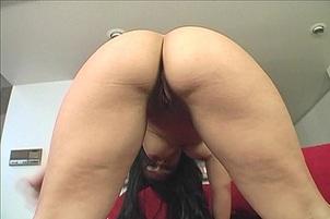 Big Black Dick Fills A Thick Chick