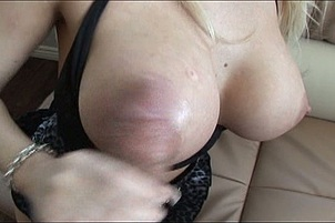 Big Tittie Babe Candy Gets Naughty Fuck