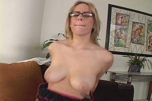 Incredible Flawless Boobs On Hot Lain Oi