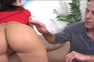 Druuna Wants A Hard Cock In Her Wet Slit