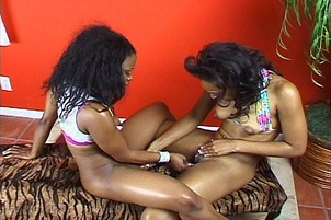 Two Black Babes Suck And Lick Each Other