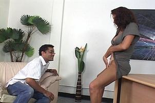 Secretary Vanessa Spunked On Her Slit