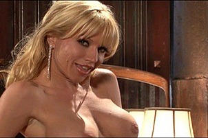 Tattooed Blonde Loves Her Own Juices