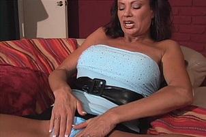 Vanessa Videl Fingers Her Sloppy Vagina