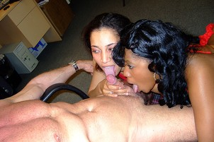Black Sluts Swap Cum After Sucking