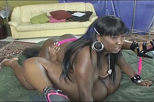 Two Oiled Up Plump Ebony Lesbos Toy Twats
