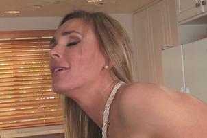 Tanya Tate And Elaina Raye Have Pussy Licking Fun