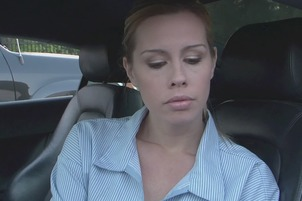 Tara Lynn Foxx Gets Licked And Fingered By Kiara Diane